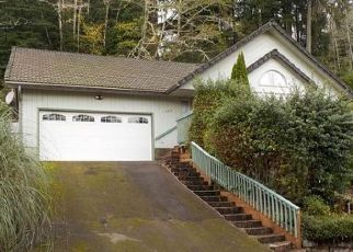 Foreclosed Home in NE TIDE AVE, Lincoln City, OR - 97367