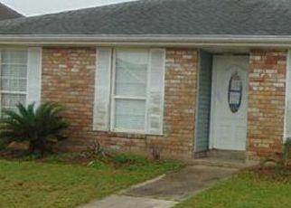 Casa en ejecución hipotecaria in Saint Bernard Condado, LA ID: F4125374