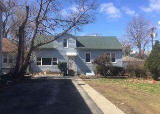 Casa en ejecución hipotecaria in Bellwood, IL, 60104,  25TH AVE ID: F4127759