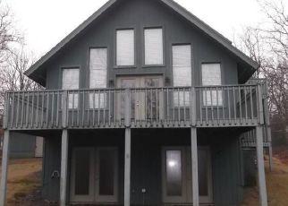 Casa en ejecución hipotecaria in Canadensis, PA, 18325,  FOREST DR ID: F4127891