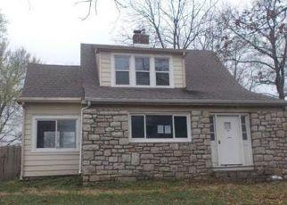 Casa en ejecución hipotecaria in Olathe, KS, 66061,  E PARK ST ID: F4129029