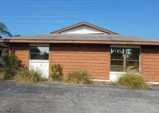 Casa en ejecución hipotecaria in Cape Coral, FL, 33914,  SANTA BARBARA BLVD ID: F4129190