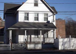 Casa en ejecución hipotecaria in Seymour, CT, 06483,  DERBY AVE ID: F4129468