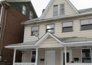 Casa en ejecución hipotecaria in Luzerne Condado, PA ID: F4129825