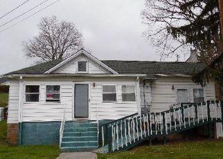 Casa en ejecución hipotecaria in Princeton, WV, 24740,  BLUEFIELD AVE ID: F4129924
