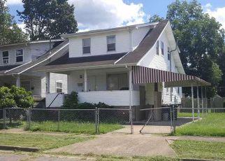 Casa en ejecución hipotecaria in Huntington, WV, 25704,  MONROE AVE ID: F4129925