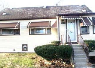 Casa en ejecución hipotecaria in Bellwood, IL, 60104,  MADISON ST ID: F4131029
