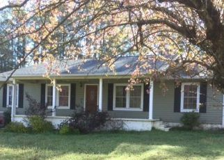 Foreclosed Home en WILDLIFE LAKE RD, Summerville, GA - 30747