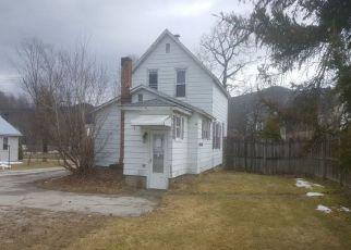 Casa en ejecución hipotecaria in Rutland, VT, 05701,  STRATTON RD ID: F4137374