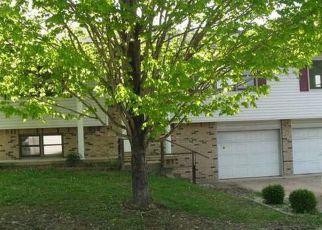Casa en ejecución hipotecaria in West Plains, MO, 65775,  CHRISTOPHER DR ID: F4139130