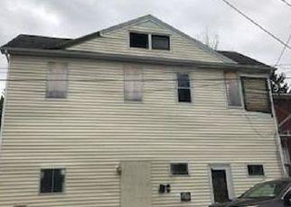 Casa en ejecución hipotecaria in Middletown, NY, 10940,  BROAD ST ID: F4140142