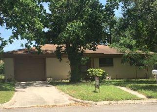 Casa en ejecución hipotecaria in Caldwell Condado, TX ID: F4142333