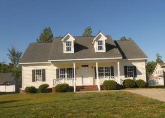 Foreclosed Home in WINDING RIDGE DR W, Wilson, NC - 27893