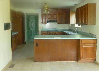 Foreclosed Home en SOMERSET RD, Pocomoke City, MD - 21851