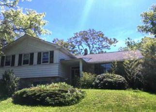 Casa en ejecución hipotecaria in Cheltenham, PA, 19012,  BARCLAY CIR ID: F4146844