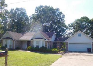 Casa en ejecución hipotecaria in Lee Condado, MS ID: F4147305
