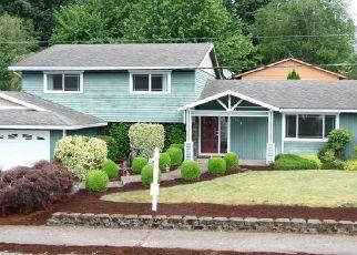 Casa en ejecución hipotecaria in West Linn, OR, 97068,  DOLLAR ST ID: F4148958