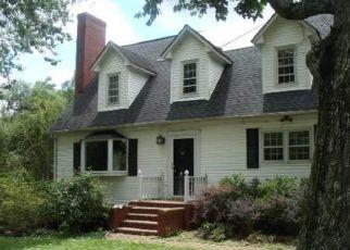 Casa en ejecución hipotecaria in Albemarle, NC, 28001,  SMITH ST ID: F4151997