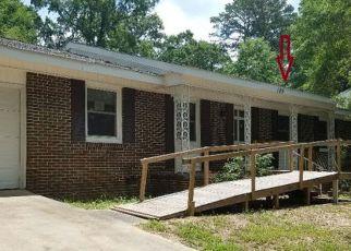 Casa en ejecución hipotecaria in Ozark, AL, 36360,  ROSEMARY LN ID: F4152397