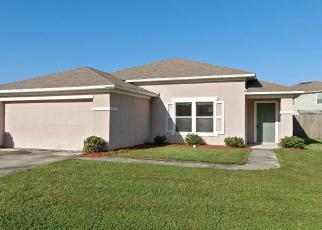 Foreclosed Home en CARTESIAN POINTE DR, Yulee, FL - 32097