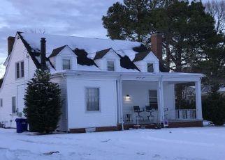 Foreclosed Home en DUKE DR, Portsmouth, VA - 23703