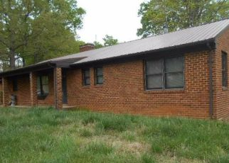 Foreclosed Home en LOWESVILLE RD, Amherst, VA - 24521