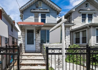 Foreclosed Home en 120TH AVE, South Ozone Park, NY - 11420