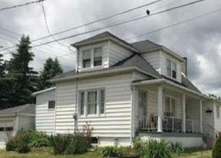 Casa en ejecución hipotecaria in Luzerne Condado, PA ID: F4155786