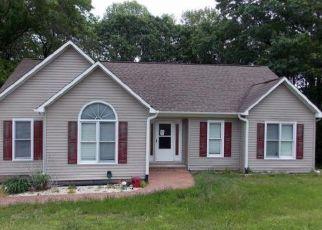 Casa en ejecución hipotecaria in Sanford, NC, 27332,  CHICKADEE CT ID: F4157140