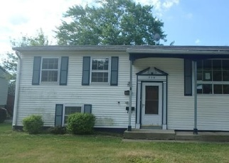 Foreclosed Home en E MAPLE DR, Glenwood, IL - 60425