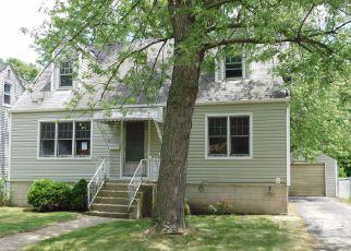 Casa en ejecución hipotecaria in Hammond, IN, 46323,  DELAWARE AVE ID: F4157650
