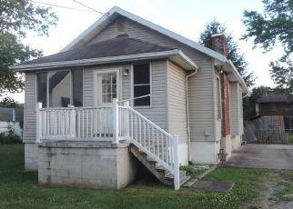 Casa en ejecución hipotecaria in Wood Condado, WV ID: F4159076