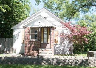 Casa en ejecución hipotecaria in Livonia, MI, 48150,  WAYNE RD ID: F4159462