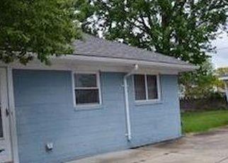 Casa en ejecución hipotecaria in Garden City, MI, 48135,  ARCOLA ST ID: F4160309