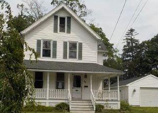 Casa en ejecución hipotecaria in Naugatuck, CT, 06770,  PLEASANT AVE ID: F4161176