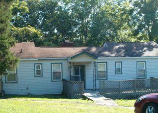 Casa en ejecución hipotecaria in Oak Ridge, TN, 37830,  JEFFERSON AVE ID: F4161324