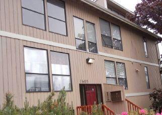 Casa en ejecución hipotecaria in Everett, WA, 98201,  36TH ST ID: F4189954