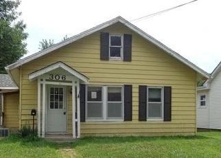 Casa en ejecución hipotecaria in Clinton, MO, 64735,  W OHIO ST ID: F4190650