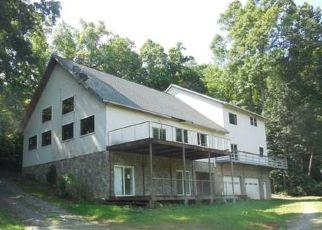Casa en ejecución hipotecaria in Hendersonville, NC, 28792,  SPICER COVE RD ID: F4191311