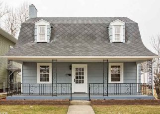 Foreclosure Home in South Bend, IN, 46616,  BERKLEY PL ID: F4194033