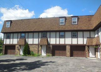 Casa en ejecución hipotecaria in Janesville, WI, 53548,  W MEMORIAL DR ID: F4194319