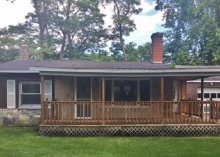 Casa en ejecución hipotecaria in Clinton Condado, NY ID: F4196445