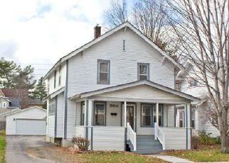 Casa en ejecución hipotecaria in Wausau, WI, 54403,  FAIRMOUNT ST ID: F4197367
