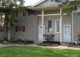 Casa en ejecución hipotecaria in Niagara Falls, NY, 14304,  TUSCARORA RD ID: F4197605