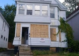 Foreclosed Home en CUTLER ST, Schenectady, NY - 12303