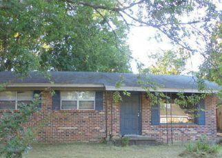 Casa en ejecución hipotecaria in Columbus, MS, 39701,  13TH ST S ID: F4200124
