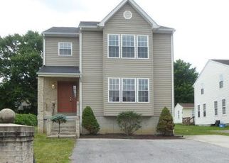 Foreclosed Home en MIDLAND AVE, Brooklyn, MD - 21225