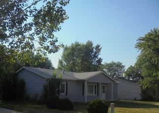 Casa en ejecución hipotecaria in Wellington, KS, 67152,  N C ST ID: F4200254