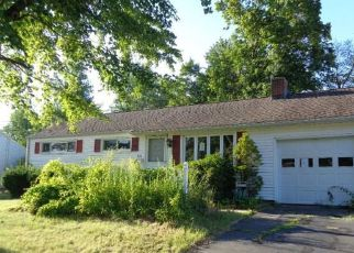 Foreclosed Home in NOTT ST, Wethersfield, CT - 06109