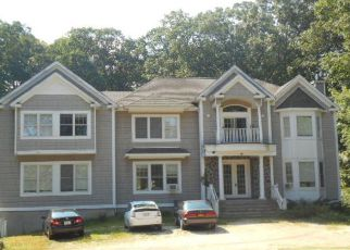Foreclosed Home en CHRISTIAN AVE, Stony Brook, NY - 11790